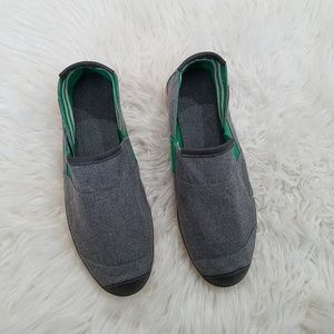 Muk Luks Canvas Loafers Size 10